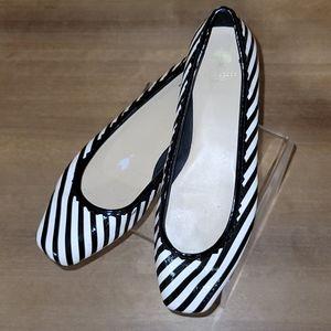 Kate Spade patent leather Black white stri…